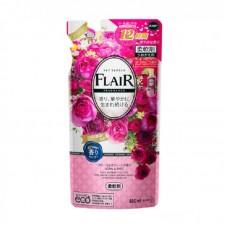"""KAO """"Flare Floral & Suite"""" Кондиционер-смягчитель для белья со свежим цветочным ароматом 480 мл мягкая упаковка"""
