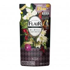 """КAO """"Flaire Fragrance Sweet & Spice"""" Кондиционер-смягчитель для белья с ароматом цветов и специй 480мл мягкая упаковка"""